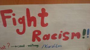 Projektentwicklungen gegen Rassismus: Plakat Fight Racism